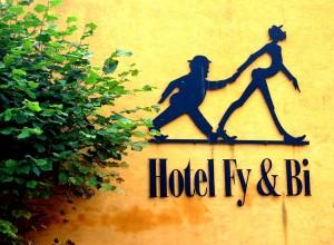 Hotel Fy & Bi